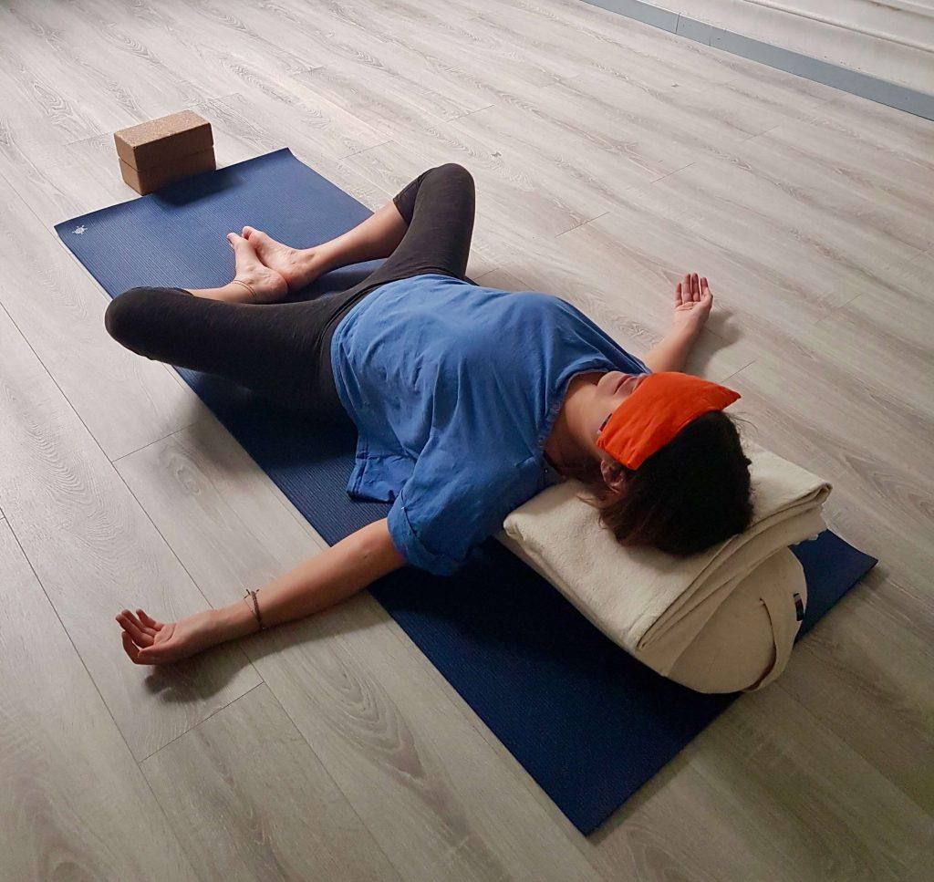 Relaxation en cours de yin yoga